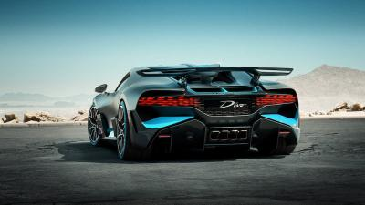 Bugatti Divo OLED taillights photo
