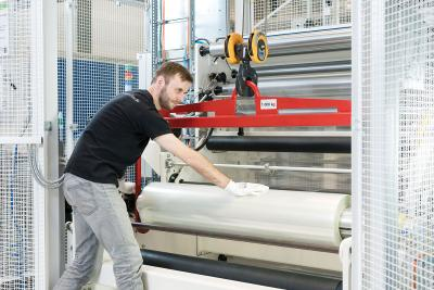 Fraunhofer OptiPerm ultra-smooth polymer films photo