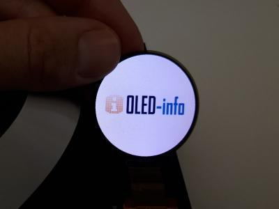 Innolux 1.4'' round flexible AMOLED (OLED-Info)