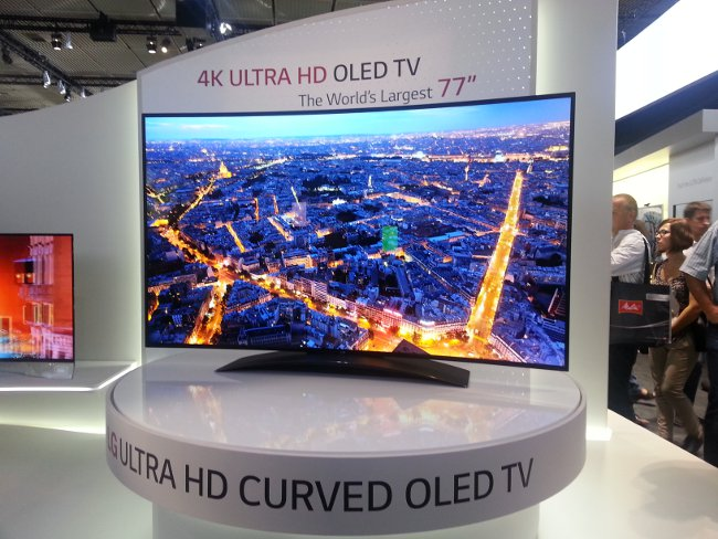 Cinema e dintorni LG-77-inch-curved-4K-oled-tv-IFA-2013