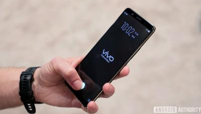 Vivo smartphone with Synaptics Clear ID  (CES 2018)