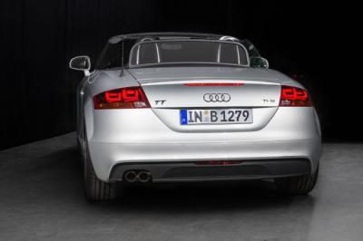 Audi TT 3D OLED prototype photo