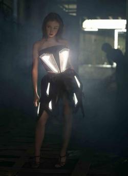 Blackbody OLED dress at Euroluce 2011 photo