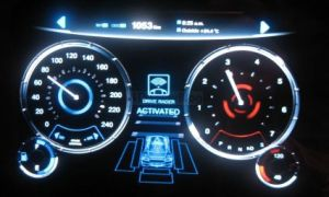 Epson 8-inch OLED for automotive applications