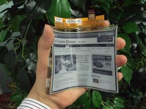 LG Display 6 flexible E Ink on plastic photo