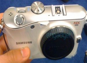 Samsung NX100 photo