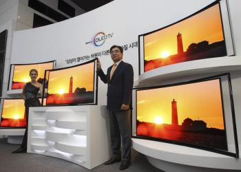 Samsung curved OLED TV launch photo 2
