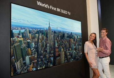 LG 88'' 8K OLED TV at IFA 2018