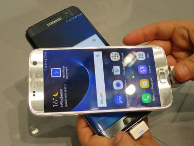 Samsung GS7 and GS7 Edge at MWC photo